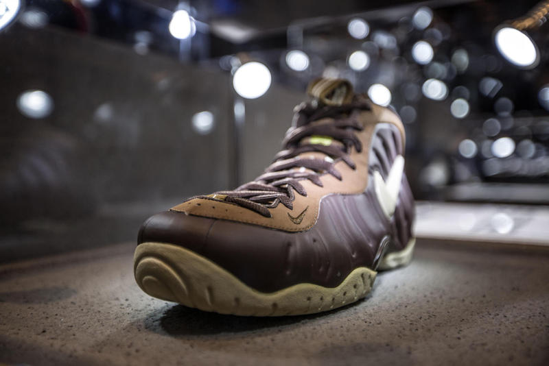 Nike Sportswear WZK Shanghai Nike Foamposite