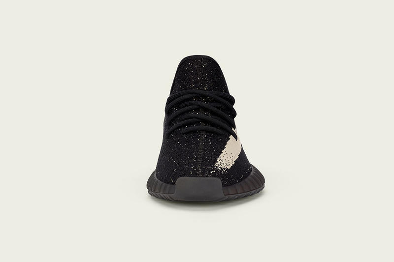 adidas Originals YEEZY BOOST 350 V2 Black White