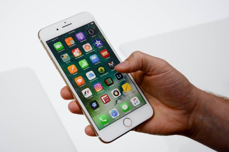 Apple Rumoured to Release iOS 10.3 with New 'Theatre' Mode Smartphones Apps Software iPhones