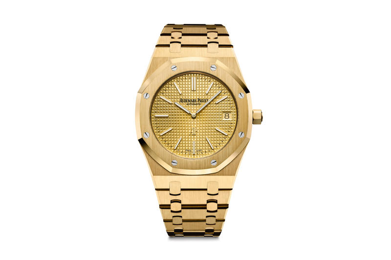 Audemars Piguet's Royal Oak Ultra-Thin Jumbo Is Now Available in Yellow Gold Watches Timepieces Geneva ref. 15202