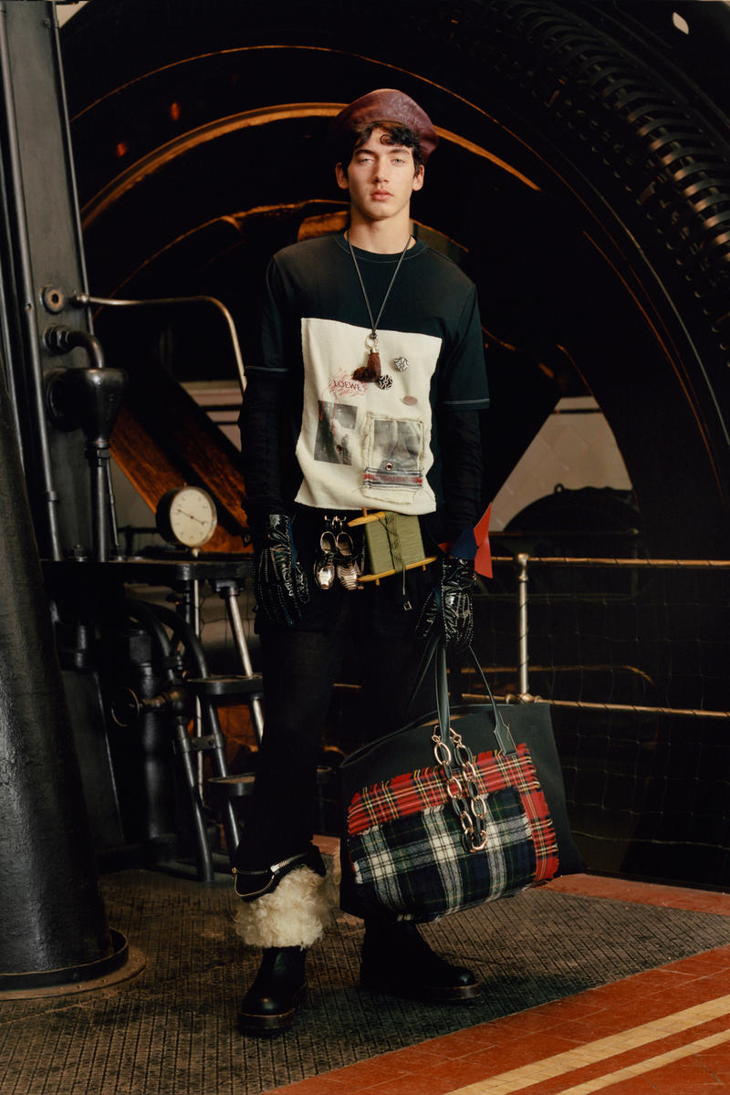 Loewe 2017 Fall/Winter Collection Lookbook