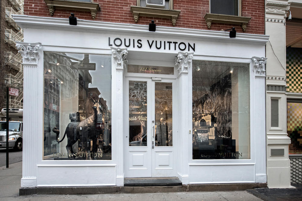 Louis Vuitton 2017 Spring Summer SoHo Pop Up Supreme