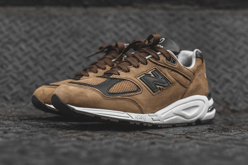 New Balance 990V2 Chocolate Colorway