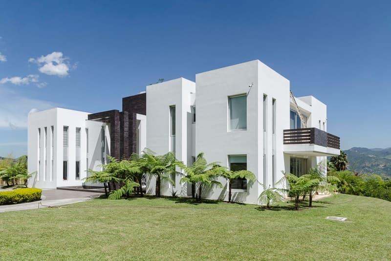 Pablo Escobar Son Sebastian Marroquin Architect