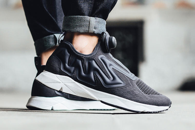 8b52f32e3d887 Reebok Pump Supreme Engine Black and