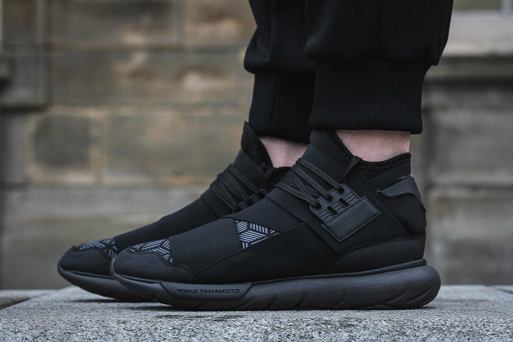 Y3 Qasa High Triple Black Geometric Pattern