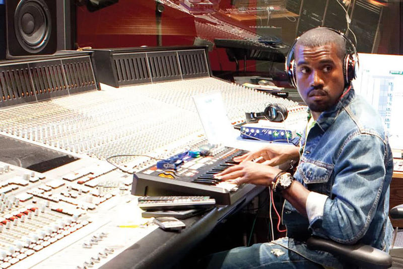 Kanye West YEEZY SEASON 5 Bed Soundtrack