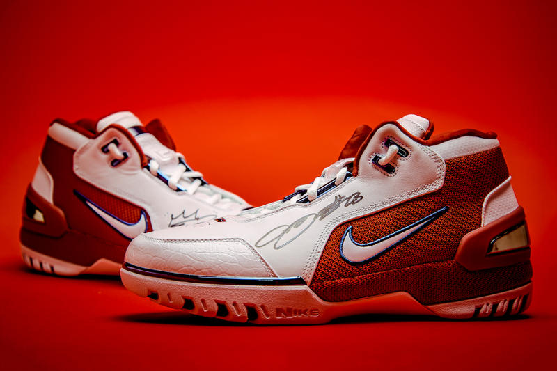 136f5a15d081b1 nike lebron james air zoom generation 1 sneaker basketball cavaliers  cleveland signed autograph kicks shoes