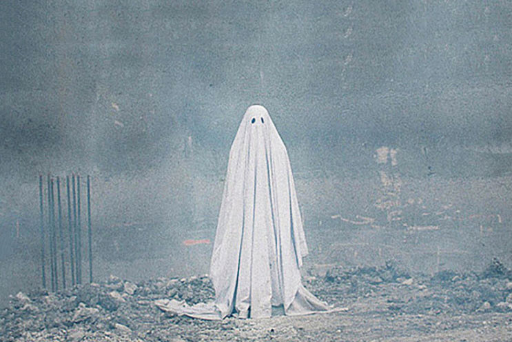 check out 4e0db 408ac  A Ghost Story  Trailer  A Dead Casey Affleck Watches Over Rooney Mara