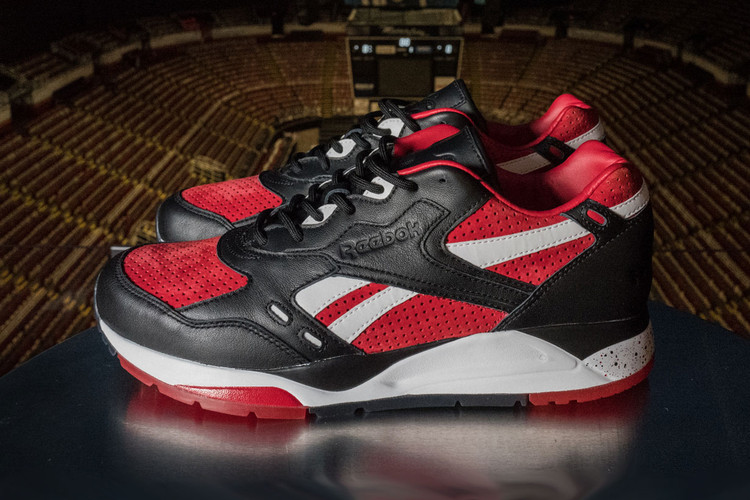 Burn Rubber Shows Pride for Detroit With a Red Wings-Inspired Reebok Bolton 55057b241