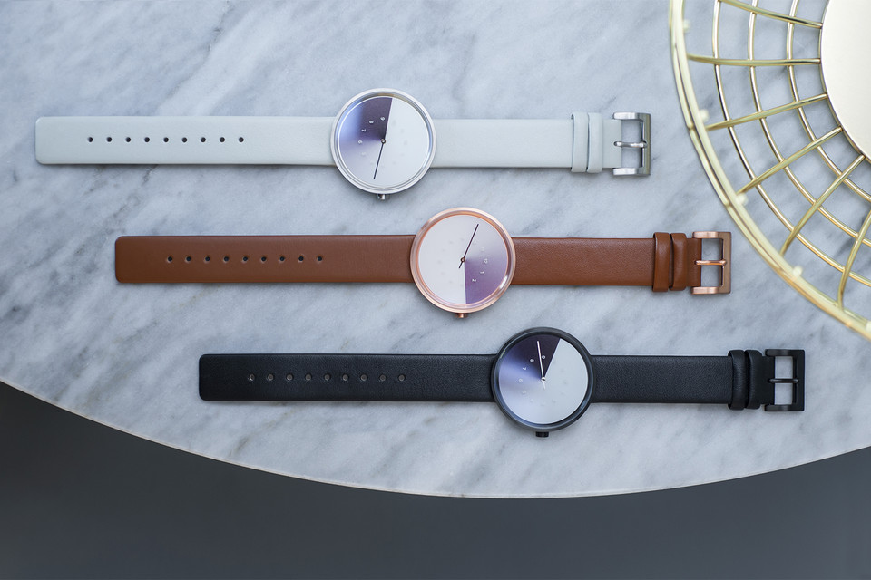 """Industrial Designer Jiwoong Jung Teams up With Anicorn for The """"Hidden Time"""" Watch"""