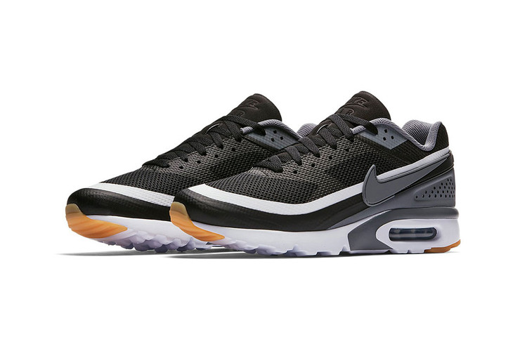 size 40 1de2d d7fca The Nike Air Max BW Ultra Returns in Sleek New Colorways for the Warm Months