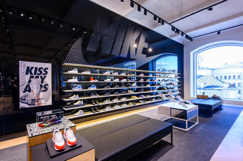 énorme réduction 669ba 79103 Nike Opens New Moscow Store on Kuznetskiy Most | HYPEBEAST
