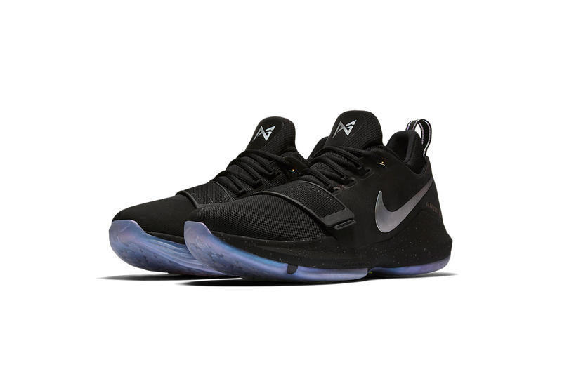 Nike Time to Shine Pack PG1 Front Quarter