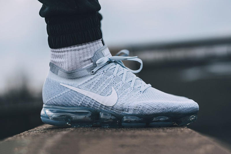 san francisco 9c2cc 1d781 Nike Air VaporMax Pure Platinum Sneakers Running Shoes Fashion Footwear