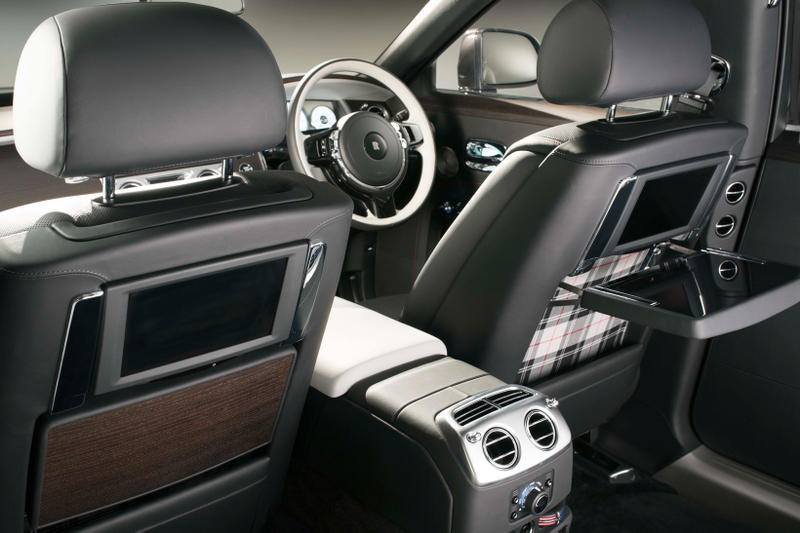 Rolls Royce Ghost Elegance Diamond Paint