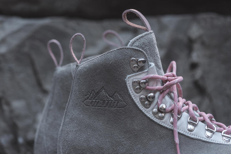 Ronnie Fieg OFF WHITE Hiking Boot