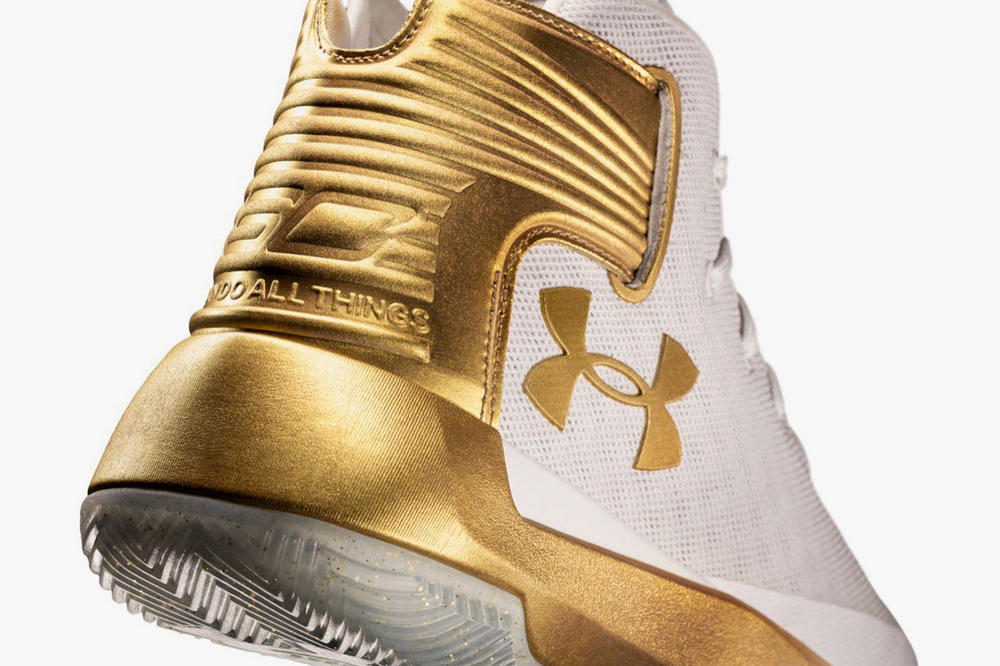 Stephen Curry Under Armour CURRY 3ZER0 Limited Edition Gold