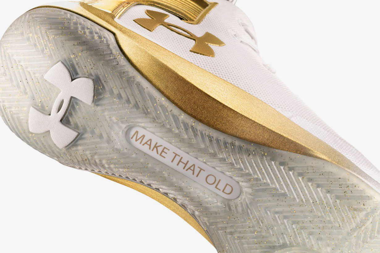 curry 3 white and gold