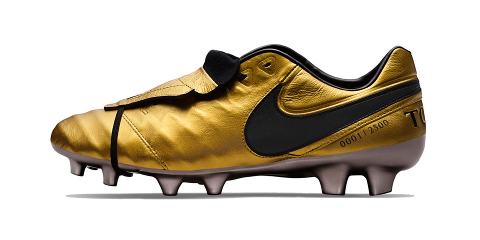 classic fit 57d5d 0eb88 Nike Francesco Totti Gold Tiempo Legend VI Boots   HYPEBEAST
