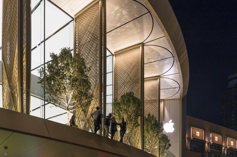 Apple Dubai Mall Store Solar Wings