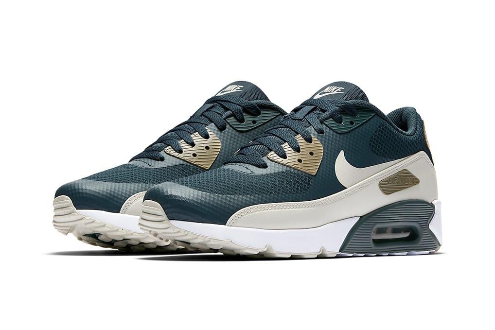 a408c6d8b54ec1 Nike Mens Shox Turbo 14 Running Shoes
