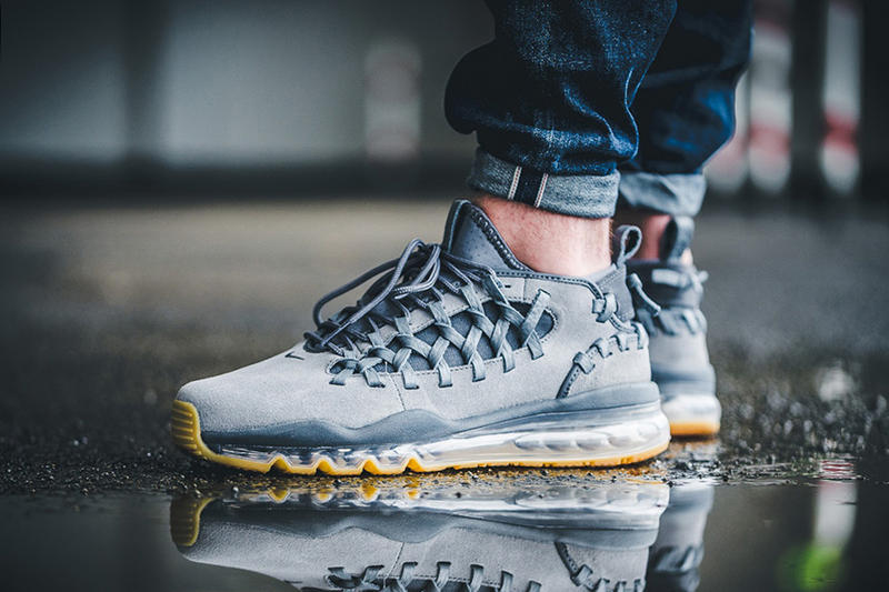 buy online 2b19e 5104c Nike Air Max TR 17 Navy Grey Suede Gum Sole Woven