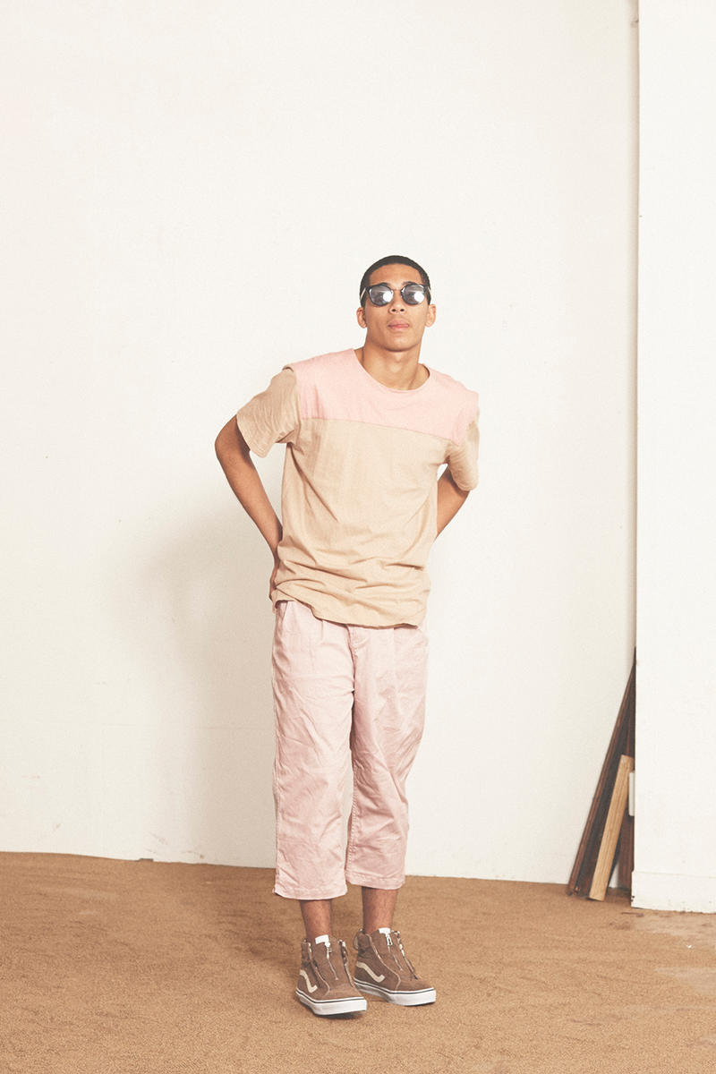 nonnative spring/summer 2017 beige T-shirt with pink panel