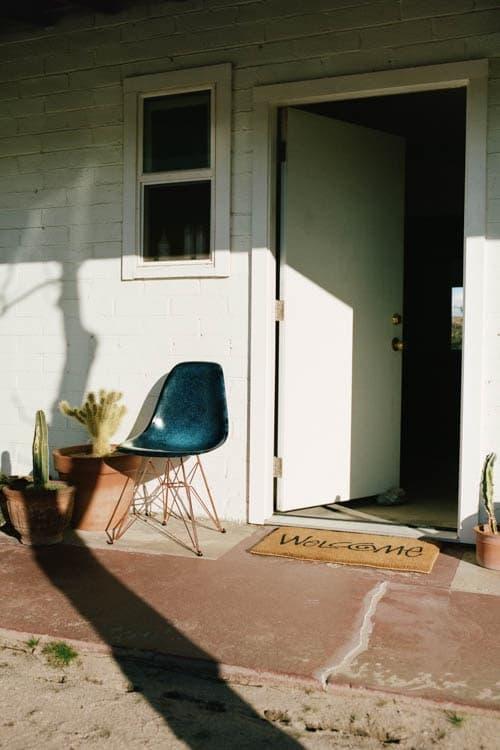 STUSSY Livin' GENERAL STORE Modernica Eiffel Side Shell Chair Furniture Design Home