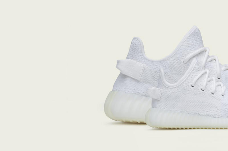 "YEEZY BOOST 350 V2 ""Cream White"" Photos Surface"