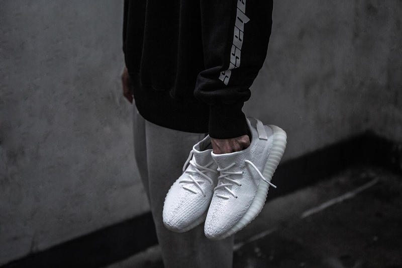 adidas Originals Yeezy Boost 350 V2 Cream White