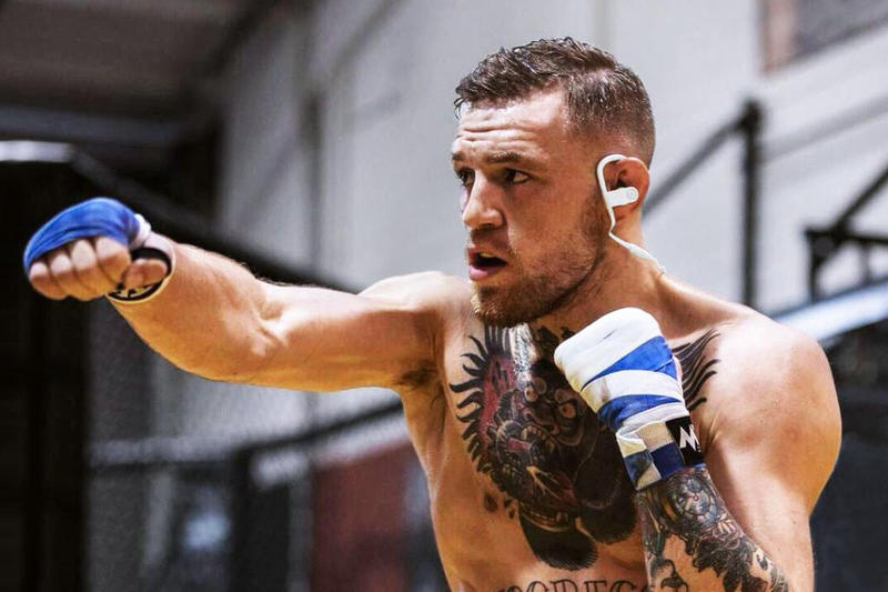 Conor McGregor UFC Lightweight Champion Beats By Dre Headphones Earbuds