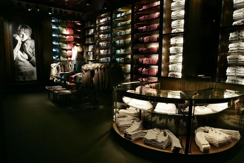 Abercrombie Fitch 62 Million First Quarter Loss
