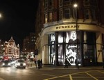 Burberry Announces a 7% Fall in Profits