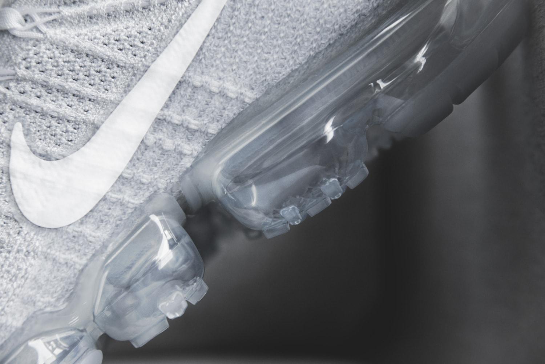 Nike Air VaporMax Platium white grey