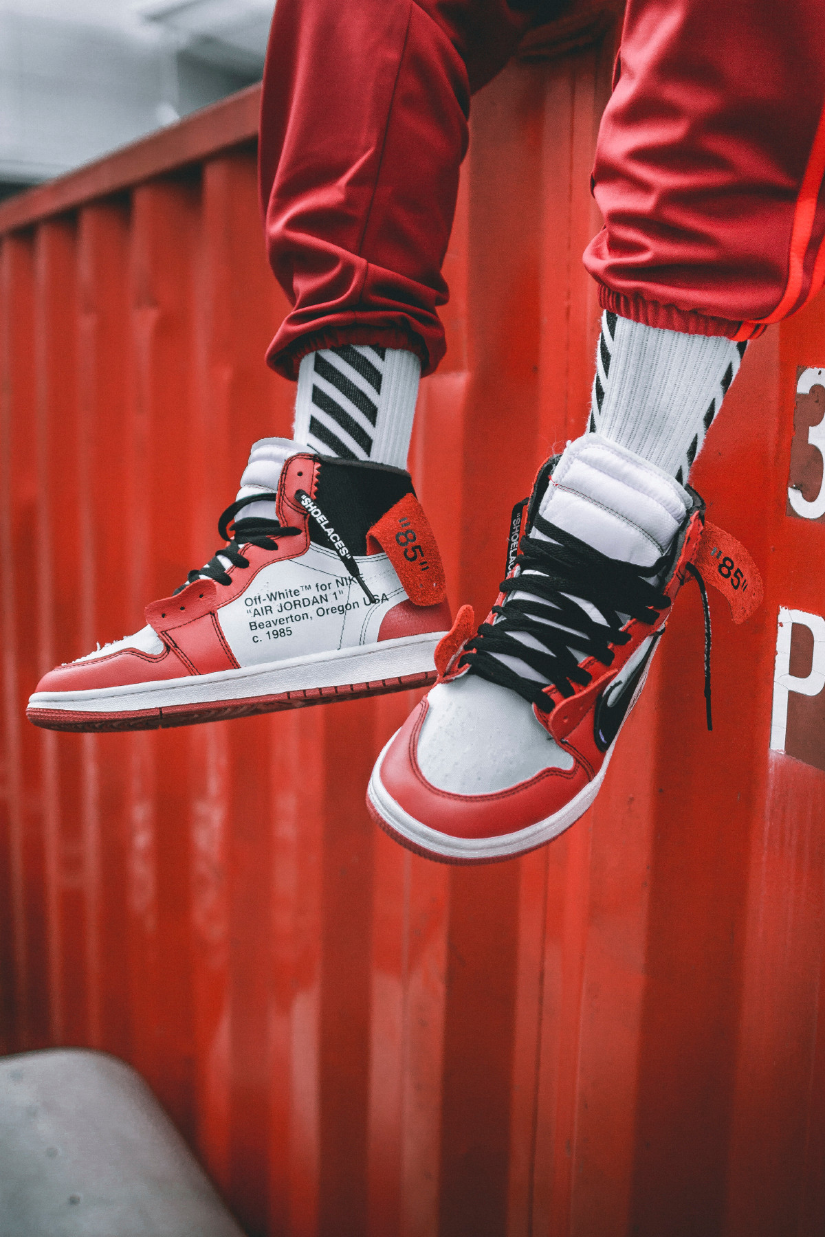 OFF-WHITE x Air Jordan 1 On-Feet Images
