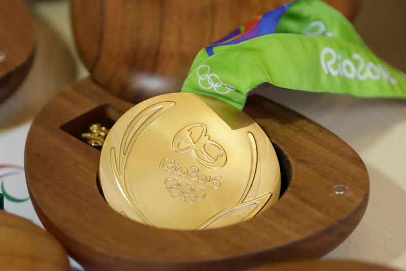 Rio 2016 Olympic Medals Falling Apart Gold Silver Bronze Recycled Materials