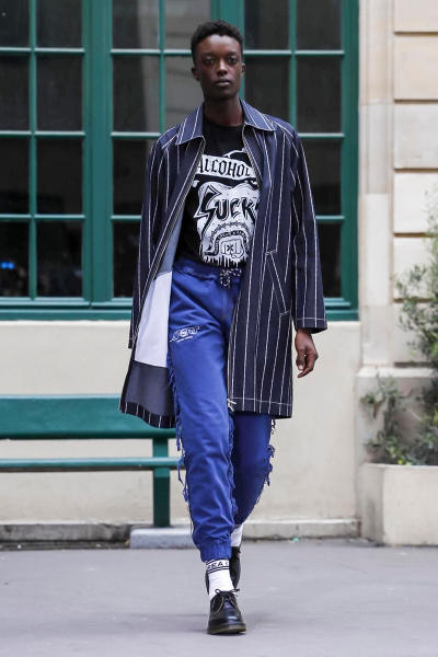 Andrea Crews 2018 Spring/Summer Collection Paris Fashion Week Men's Runway Show