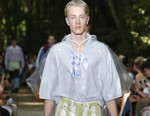 Fashion Buyers & Journalists Were Into Balenciaga's 2018 Spring/Summer Collection