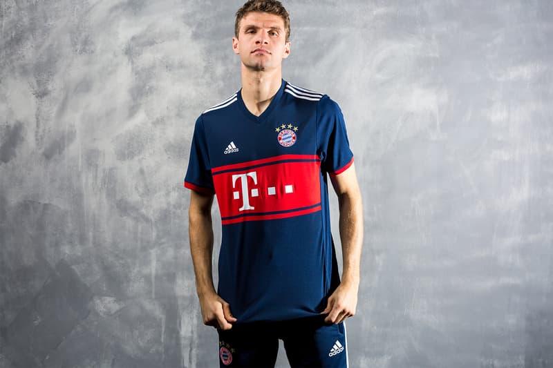 FC Bayern Munich 2017 18 adidas Away Kit T-Mobile Philipp Lahm Robert Lewandowski