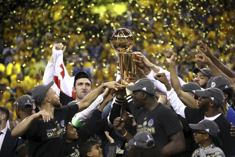 The Golden State Warriors Win the 2017 NBA Championship Basketball Stephen Curry Kevin Durant LeBron James