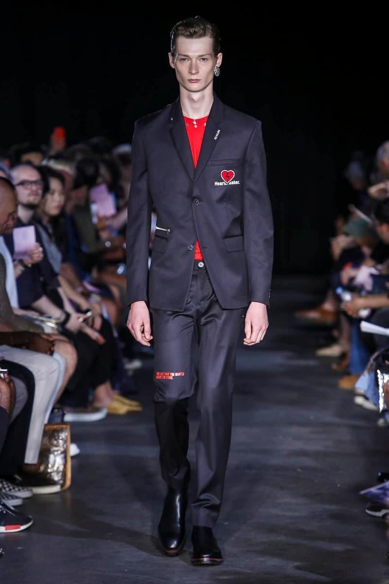 Icosae 2018 Spring/Summer Collection Paris Fashion Week Men's Runway Show