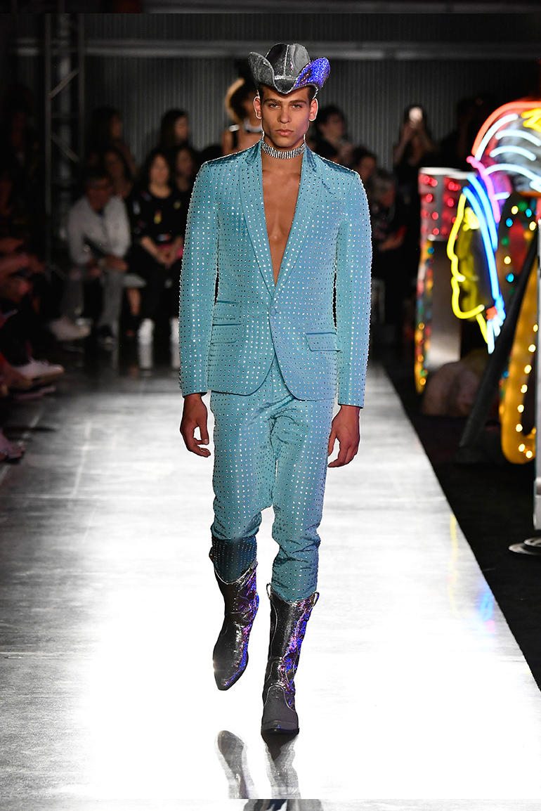 Moschino 2018 Spring/Summer at London Fashion Week Men's