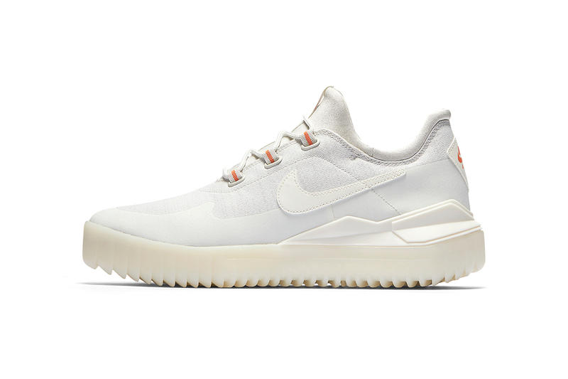 Nike Air Wild White Black