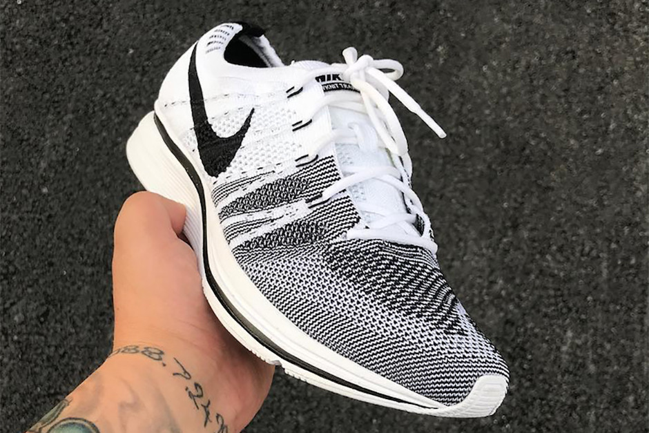f775879831e7 Nike Flyknit Trainer Retro Colorways First Look