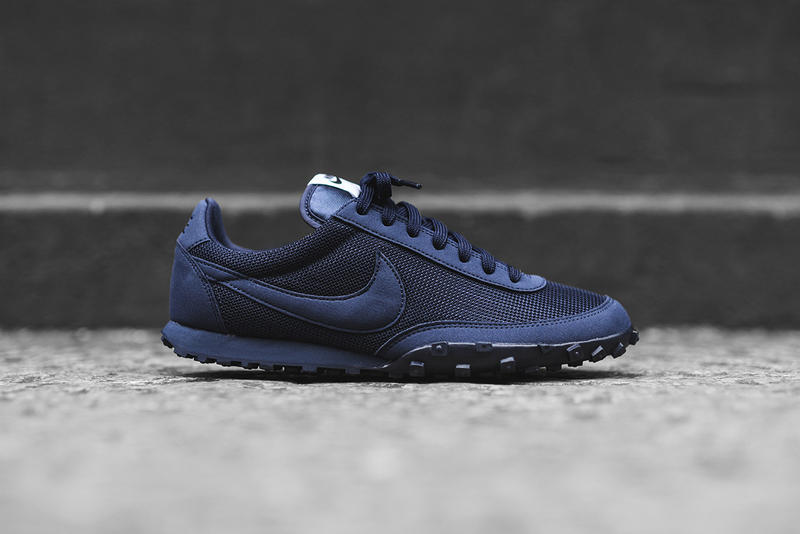 online store b9186 f7b9f Nike Waffle Racer PRM Obsidian Colorway Dark Blue Purple Violet. 1 of 3
