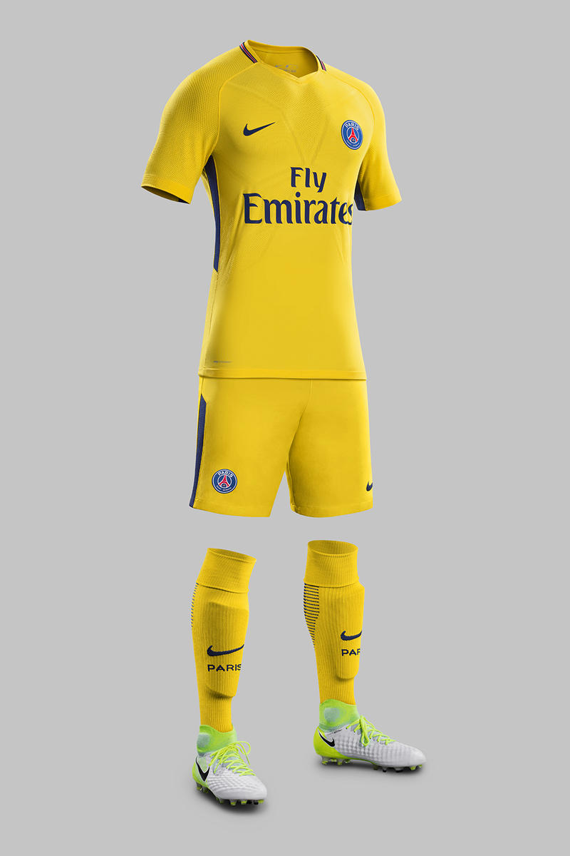Paris Saint-Germain 2017 18 Nike Away Kit Yellow Brazil Ronaldhino Thiago Silva Marguinhos Lucas and Maxwell football soccer