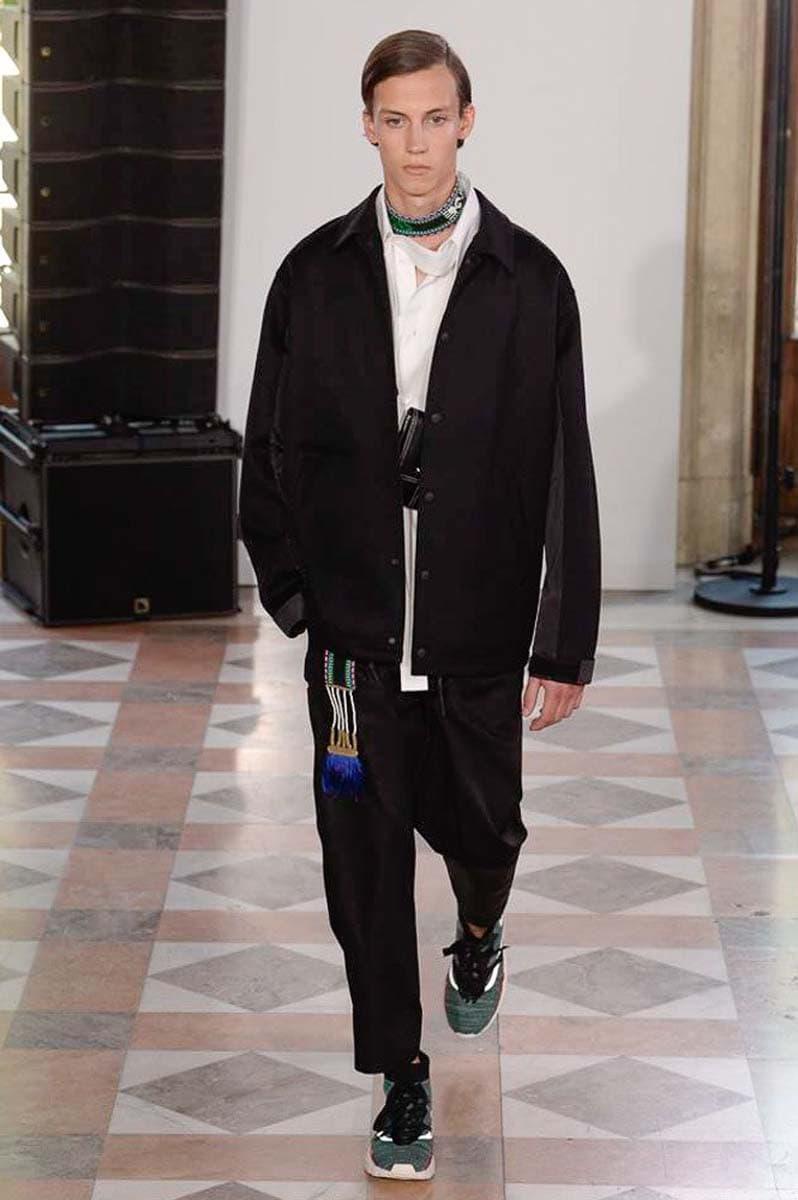 Valentino 2018 Spring/Summer Paris Fashion Week Men's Runway Show