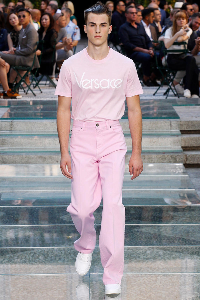 17e59c5050 Versace Spring Summer 2018 Collection Milan Fashion Week Men's