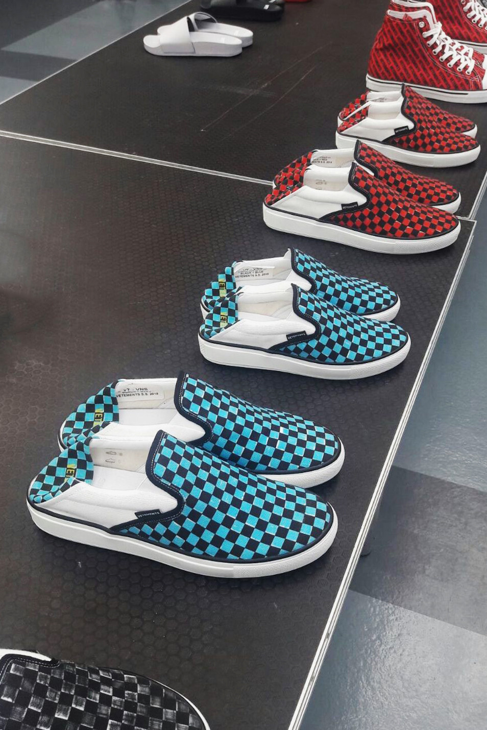Vetements 2018 Spring/Summer Footwear